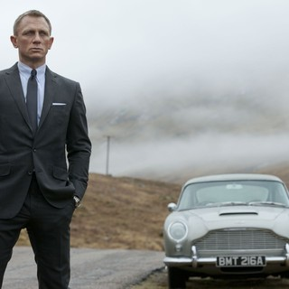 Skyfall - Daniel Craig stars as James Bond in Columbia Pictures' Skyfall (2012). Photo credit by Francois Duhamel.