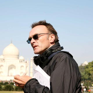 Director Danny Boyle in Fox Searchlight Pictures' Slumdog Millionaire (2008). Photo credit by Ishika Mohan.
