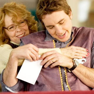 Diane Keaton stars as Marilyn Cooper and Dax Shepard stars as Noah Cooper in Variance Films' Smother (2008)