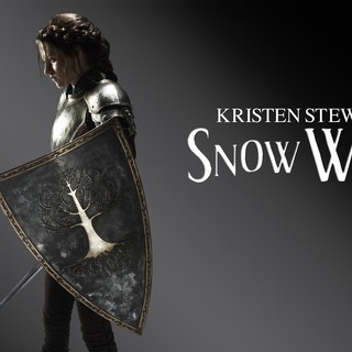 Poster of Universal Pictures' Snow White and the Huntsman (2012)