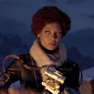 Thandie Newton stars as Val in Walt Disney Pictures' Solo: A Star Wars Story (2018)