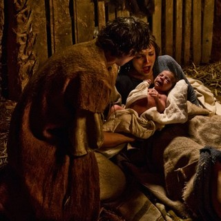 Leila Mimmack stars as Young Mary and Joe Coen stars as Joseph in 20th Century Fox's Son of God (2014)