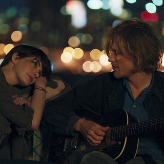 Anne Hathaway and Johnny Flynn in Film Arcade's Song One (2015)