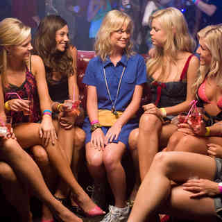 Amy Poehler and Sophie Monk (Mason) in Warner Bros. Pictures' Spring Breakdown (2009)