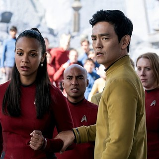Zoe Saldana stars as Uhura and John Cho stars as Sulu in Paramount Pictures' Star Trek Beyond (2016) - star-trek-beyond-image05