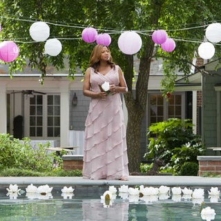 Queen Latifah stars as M'Lynn in Lifetime Movie Network's Steel Magnolias (2012)
