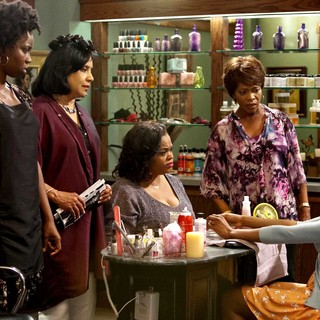 Adepero Oduye, Phylicia Rashad, Jill Scott, Alfre Woodard and Condola Rashad in Lifetime Movie Network's Steel Magnolias (2012)
