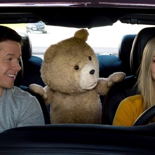 Mark Wahlberg, Ted and Amanda Seyfried in Universal Pictures' Ted 2 (2015)