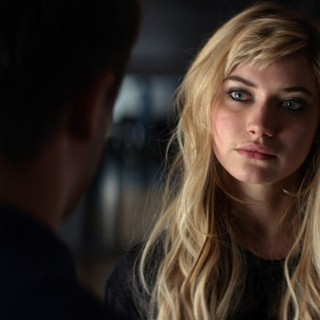 Imogen Poots stars as Ellie in FilmDistrict's That Awkward Moment (2014)