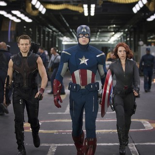 Avengers, The - Jeremy Renner, Chris Evans and Scarlett Johansson in Walt Disney Pictures' The Avengers (2012)