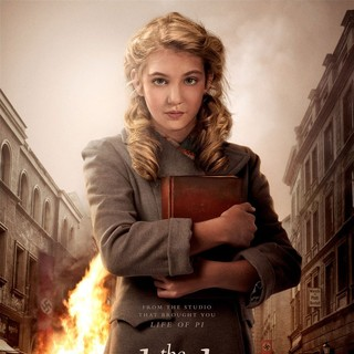 Poster of 20th Century Fox's The Book Thief (2013) - the-book-thief-poster01