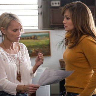 Boy Next Door, The - Kristin Chenoweth stars as Vicky Lansing and Jennifer Lopez stars as Claire Peterson in Universal Pictures' The Boy Next Door (2015)