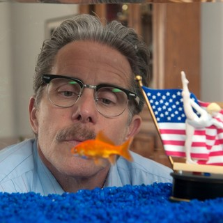 Gary Cole stars as Stan Greggory in Sony Pictures Classics' The Bronze (2016) - the-bronze05