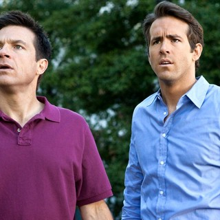 Jason Bateman stars as Dave and Ryan Reynolds stars as Mitch in Universal Pictures' The Change-Up (2011)