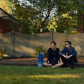 Fault in Our Stars, The - Shailene Woodley stars as Hazel Grace Lancaster and Nat Wolff stars as Isaac in 20th Century Fox's The Fault in Our Stars (2014)