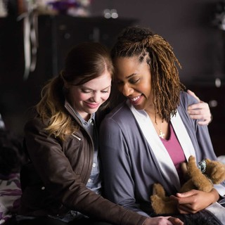 Dreama Walker stars as Christine Pelisek and Macy Gray stars as Margette in Lifetime's The Grim Sleeper (2014). Photo credit by David Bukach. - the-grimm-sleeper05