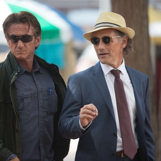 Sean Penn stars as Martin Terrier and Mark Rylance stars as Cox in Open Road Films' The Gunman (2015)
