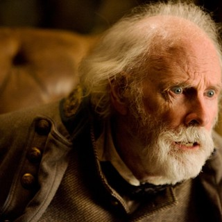 Hateful Eight, The - Bruce Dern stars as General Sandy Smithers in The Weinstein Company's The Hateful Eight (2015)