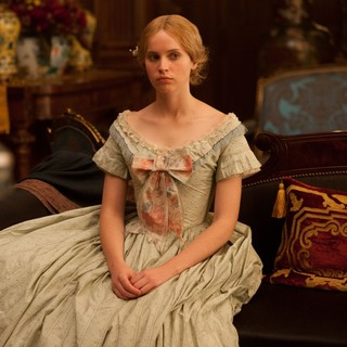 The Invisible Woman Picture 6