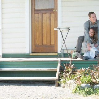 Michael Fassbender stars as Tom Sherbourne and Alicia Vikander stars as Isabel Sherbourne in DreamWorks Pictures' The Light Between Oceans (2016) - the-light-between-oceans04