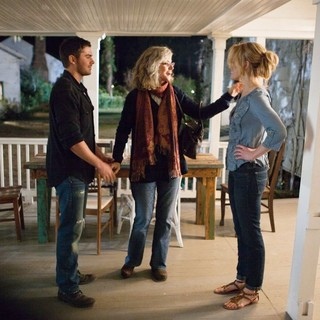 Zac Efron, Blythe Danner and Taylor Schilling in Warner Bros. Pictures' The Lucky One (2012)