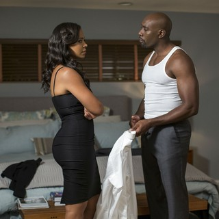 Sanaa Lathan stars as Leah and Morris Chestnut stars as Dave in Screen Gems' The Perfect Guy (2015) - the-perfect-guy05