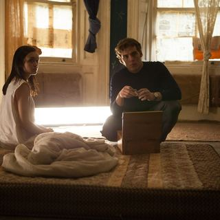 Olivia Cooke stars as Jane Harper and Sam Claflin stars as Brian McNeil in Lionsgate Films' The Quiet Ones (2014)