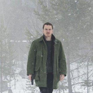 Michael Fassbender stars as Harry Hole in Universal Pictures' The Snowman (2017) - the-snowman02