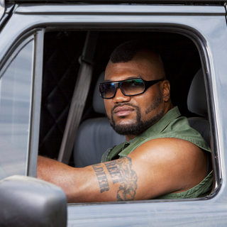 Quinton Jackson stars as Sgt. Bosco 'B.A.' Baracus in The 20th Century Fox's The A-Team (2010) - the_a_team10