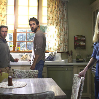 Director Andrew Douglas, Ryan Reynolds and Melissa George in MGM's The Amityville Horror (2005)