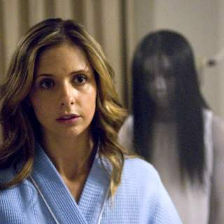 Grudge 2, The - Sarah Michelle Gellar as Karen Davis in Columbia Pictures' The Grudge 2 (2006)