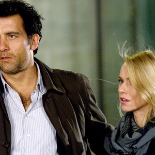 Clive Owen stars as Louis Salinger and Naomi Watts stars as Eleanor Whitman in Columbia Pictures' The International (2009)