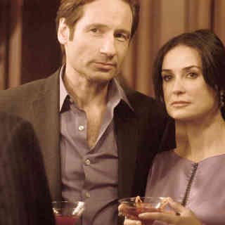 David Duchovny stars as Steve and Demi Moore stars as Kate in Roadside Attractions' The Joneses (2010) - the_joneses05