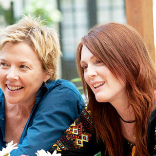 Annette Bening stars as Nic and Julianne Moore stars as Jules in Focus Features' The Kids Are All Right (2010) - the_kids_are_all_right04