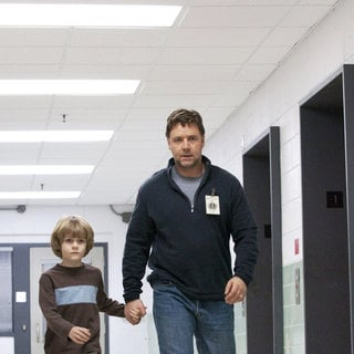 Ty Simpkinss stars as Luke and Russell Crowe stars as John Brennan in Lionsgate Films' The Next Three Days (2010). Photo credit by: Phil Caruso.