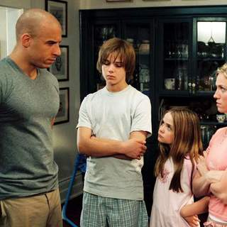 (L-R) Vin Diesel, Max Thieriot, Morgan York and Brittany Snow in Buena Vista Pictures' THE PACIFIER (2005) - the_pacifier01
