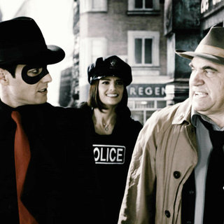 Gabriel Macht, Stana Katic and Dan Lauria in Lions Gate Films' The Spirit (2008) - the_spirit29