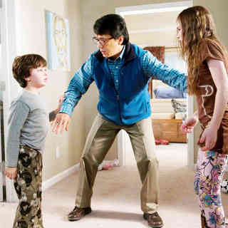 Will Shadley, Jackie Chan and Madeline Carroll in Lionsgate Films' The Spy Next Door (2010). Photo credit by Colleen Hayes. - the_spy_next_door05