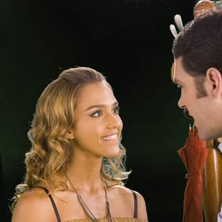 Jessica Alba as Liz Anne Blazer and Paul Rudd as Jeff Reigert in ThinkFilm's The Ten (2007)