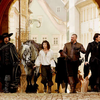 Matthew Macfadyen, Logan Lerman, Ray Stevenson and Luke Evans in Summit Entertainment's The Three Musketeers (2011) - the_three_musketeers01