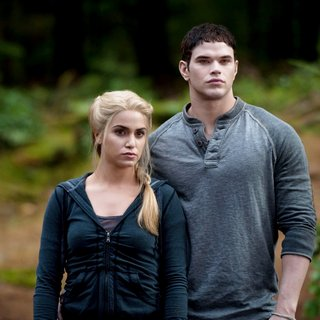 Nikki Reed stars as Rosalie Hale and Kellan Lutz stars as Emmet Cullen in Summit Entertainment's The Twilight Saga's Eclipse (2010) - the_twilight_saga_s_eclipse39
