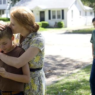 Brayden Whisenhunt, Jessica Chastain and Zach Irsik in Fox Searchlight Pictures' The Tree of Life (2011)