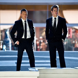 Tom Hardy stars as Tuck and Chris Pine stars as FDR Foster in 20th Century Fox's This Means War (2012)