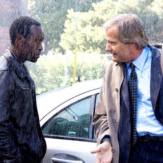Don Cheadle stars as Samir Horn and Jeff Daniels stars as Carter in Overture Films' Traitor (2008) - traitor06