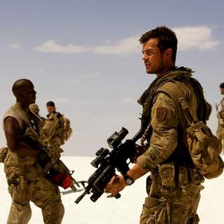 Transformers - Josh Duhamel as Captain Lennox in DreamWorks' Transformers (2007)