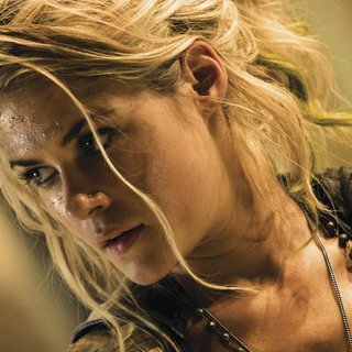 Transformers - Rachael Taylor as Maggie in DreamWorks' Transformers (2007)