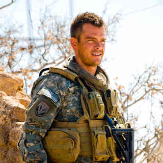 Transformers: Revenge of the Fallen - Josh Duhamel stars as Captain Lennox in DreamWorks SKG's Transformers: Revenge of the Fallen (2009)