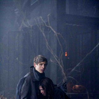 Jean-Luc Bilodeau stars as Schrader and Samm Todd stars as Rhonda in Warner Bros. Pictures' Trick 'r Treat (2009). Photo credit by Joseph Lederer. - trick_r_treat24