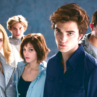 Nikki Reed, Jackson Rathbone, Ashley Greene, Robert Pattinson and Kellan Lutz in Summit Entertainment's Twilight (2008) - twilight10