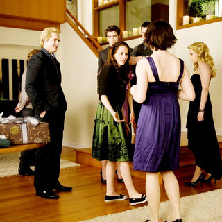 Peter Facinelli, Robert Pattinson, Kristen Stewart, Kellan Lutz, Ashley Greene and Nikki Reed in Summit Entertainment's The Twilight Saga's New Moon (2009) - twilight_saga_s_new_moon32